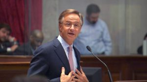 Gov. Haslam unveils plan to fight opioid crisis